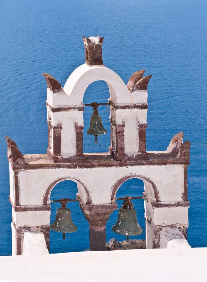 Océan de Bells d'église de Santorini Grèce Oia images libres de droits
