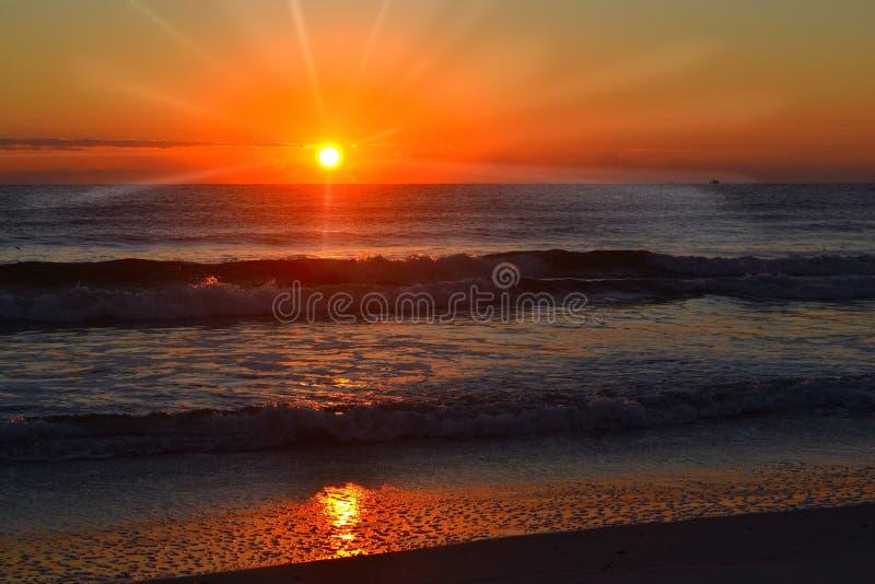Océano Atlántico la Salida del sol-Florida foto de archivo libre de regalías