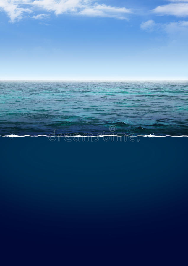 Océano azul profundo fotos de archivo libres de regalías