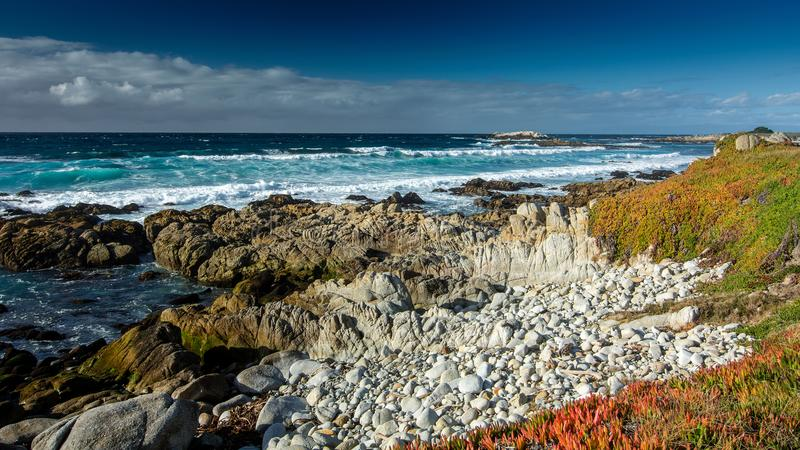 Océano cerca península de Pebble Beach, Pebble Beach, Monterey, Calif fotos de archivo libres de regalías