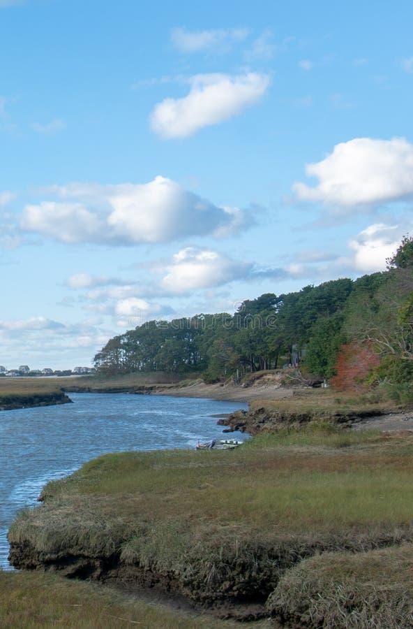 Océano y regiones pantanosas de Cape Cod en un último día soleado de la caída fotos de archivo libres de regalías