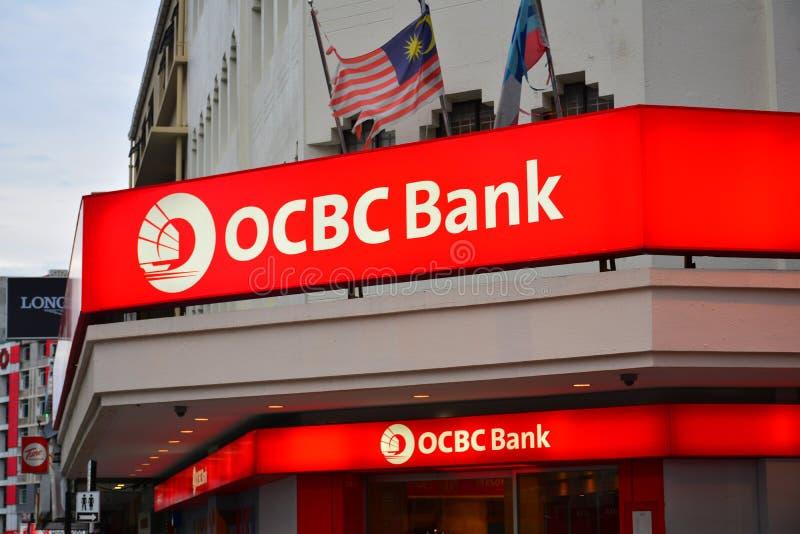 OCBC bank Malezja Podpisuje wewnątrz Jalan Gaya, Kot Kinabalu, Malezja fotografia stock