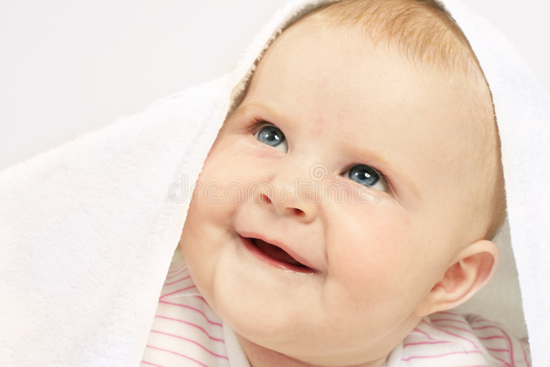 Occhi azzurri ottenuti del bambino immagine stock libera da diritti