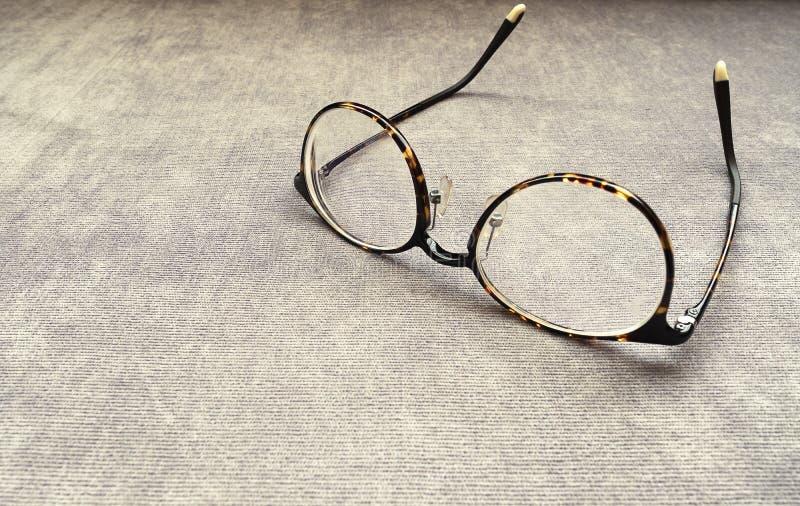 occhiali marroni scuri fotografia stock