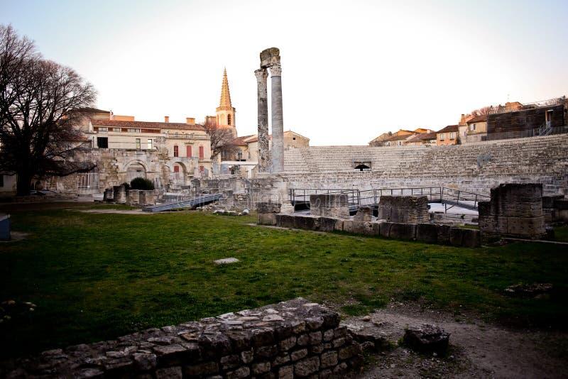 Occitano francese di pronuncia di Arles: Arle sia nelle norme di Mistralian che classiche; Arelate nel Latino antico immagine stock libera da diritti