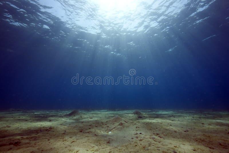Oceaan en zon stock foto