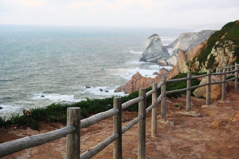 Oceaan, landschap, vangrail, Portugal stock foto's