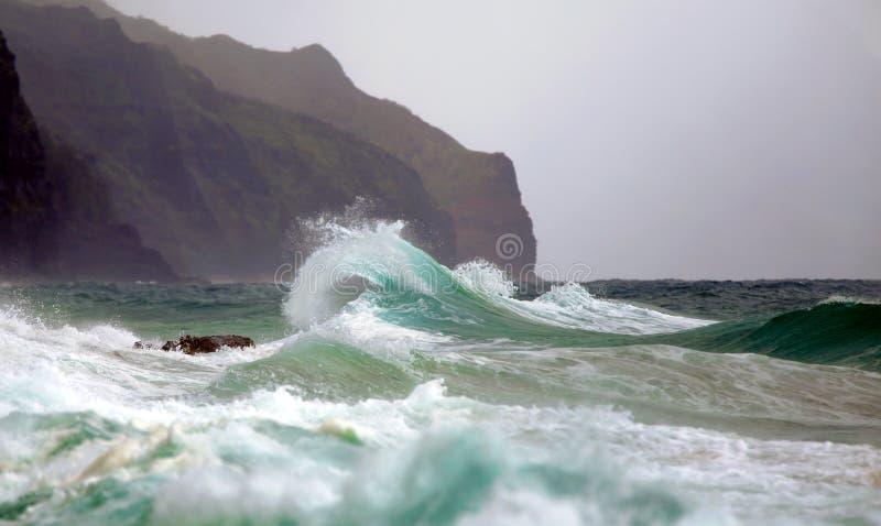 Oceaangolf/Branding/Brekende Golf stock afbeelding