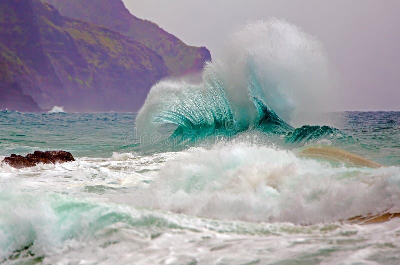 Oceaangolf/Branding/Brekende Golf stock afbeeldingen
