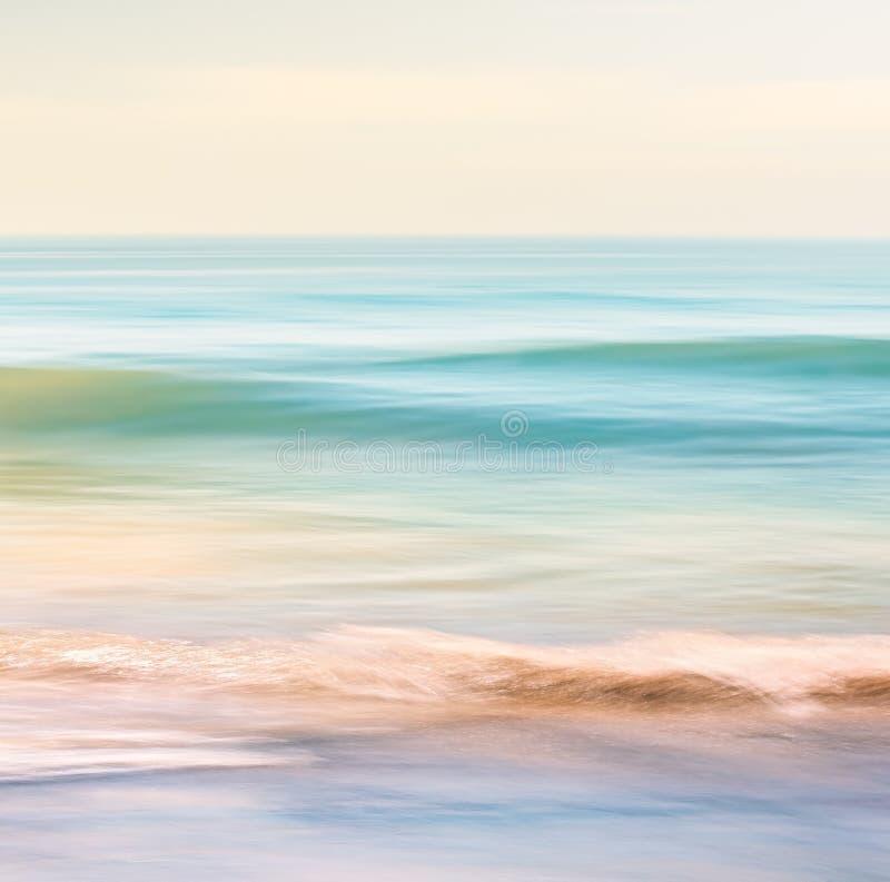 Download Oceaangolfmotie stock foto. Afbeelding bestaande uit kustlijn - 54088594