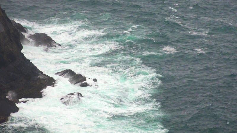 Oceaangolven in Stormachtig Weer stock afbeelding