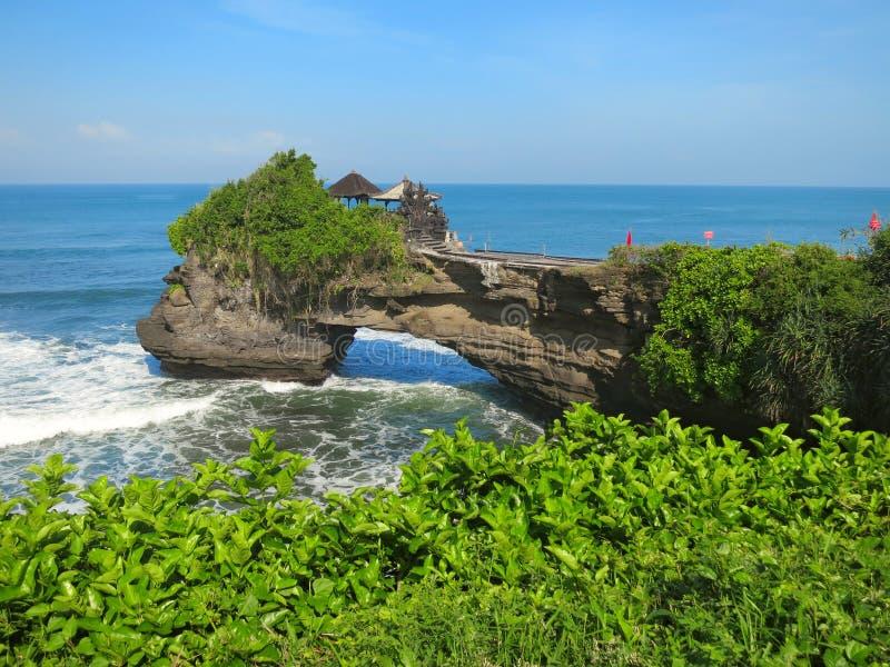 Oceaanrots dichtbij Pura Batu Bolong-tempel, Bali royalty-vrije stock afbeelding