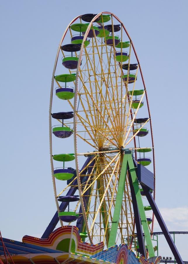 Free Ocean City Ferris Wheel Royalty Free Stock Photo - 5808115