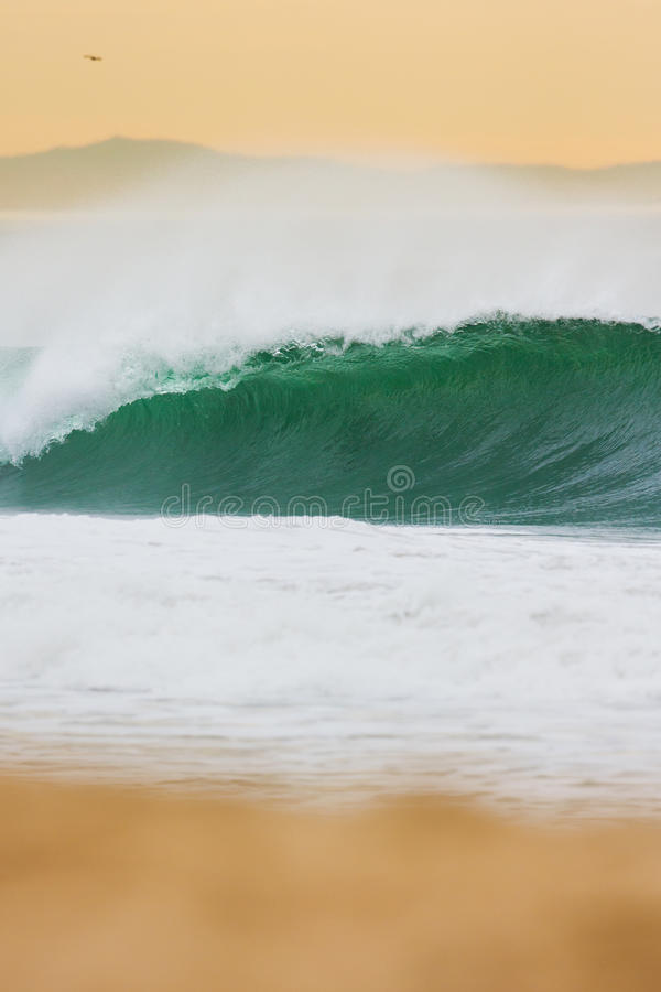 Ocean fala przy zmierzchem obrazy royalty free