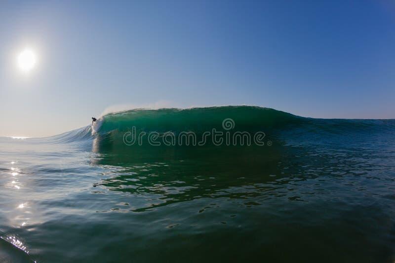 Ocean fala ramy Szklany surfingowiec Odległy obrazy royalty free