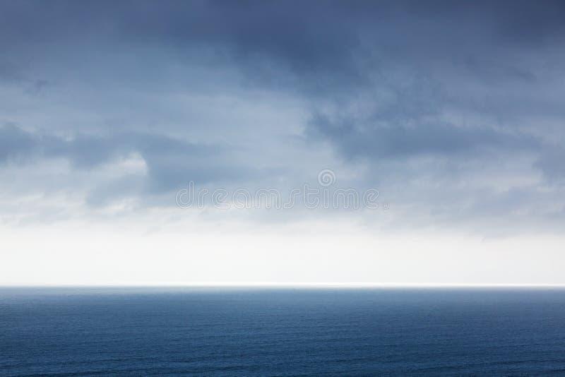 Ocean Spokojny w spokój pogodzie obraz royalty free