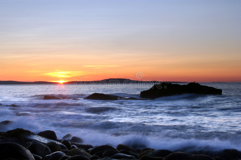 Download Ocean Sunrise Royalty Free Stock Images - Image: 5973879