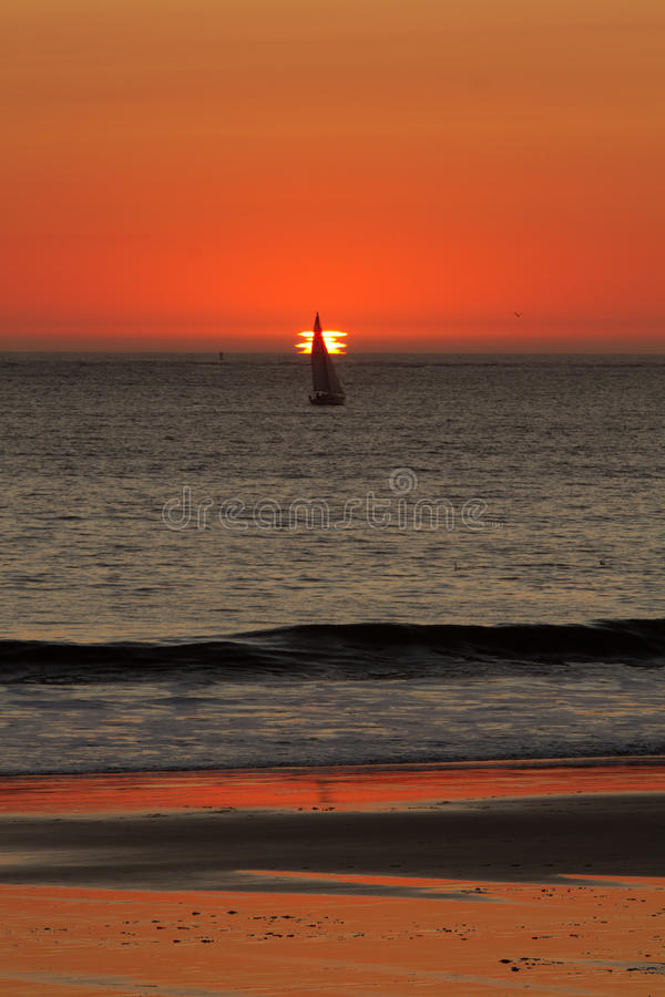 Free Ocean Sunset Royalty Free Stock Images - 21850589