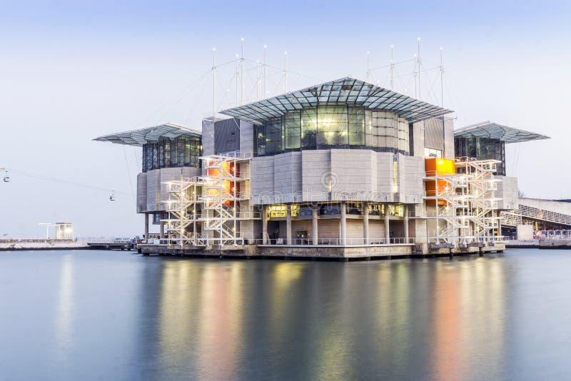 Oceanarium de Lisbonne le soir, Portugal photos libres de droits