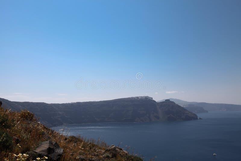 Oceanfront på den Santorini ön fotografering för bildbyråer