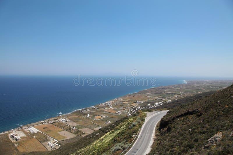 Oceanfront på den Santorini ön royaltyfri foto