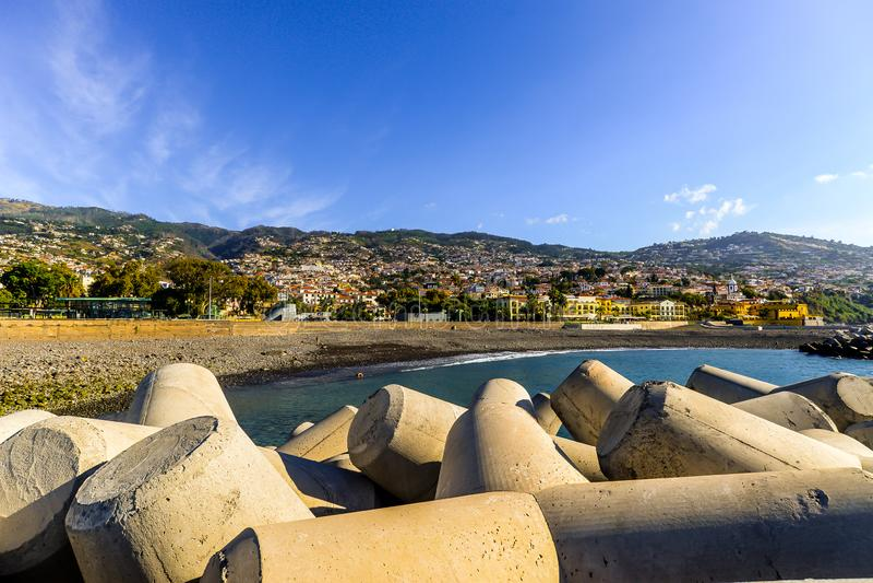Oceanfront på Funchal - Maderia fotografering för bildbyråer