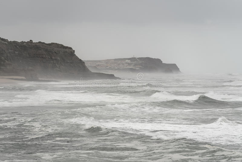 Oceano Atlântico tormentoso foto de stock