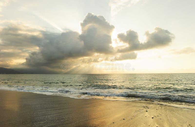 Oceano do por do sol foto de stock