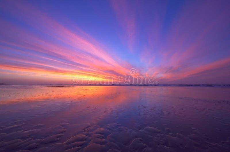 Oceano e tramonto fotografie stock libere da diritti