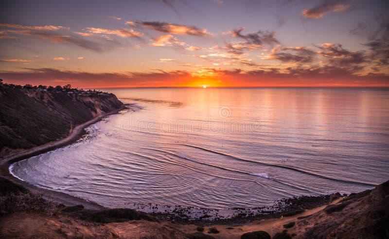 Oceano Pacifico, tramonto in California fotografia stock libera da diritti