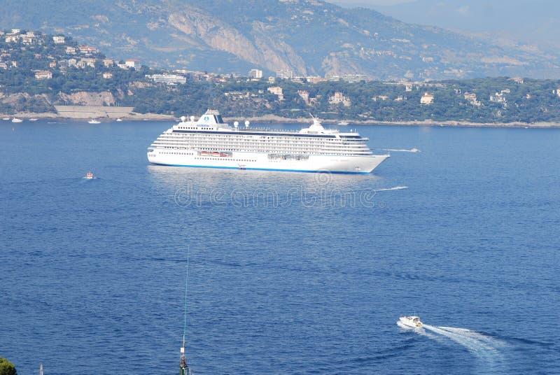 Oceanografisch Museum, Monte Carlo, Haven, passagiersschip, waterweg, cruiseschip, watervervoer stock afbeeldingen