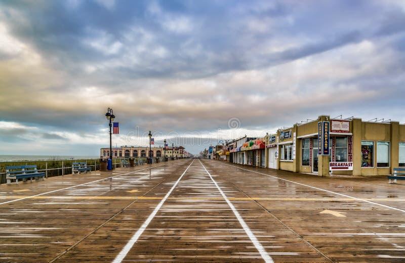 Oceanu miasta Boardwalk po burzy Żadny ludzie zdjęcie stock
