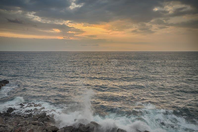 Oceanu zmierzch Koniec Hawaje zdjęcia stock