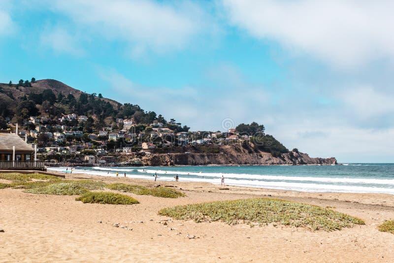 Oceanview dalla costa di California, Stati Uniti fotografie stock