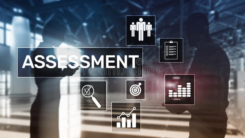 Ocen analityka analizy technologii i biznesu pojęcie na zamazanym tle Szacunkowa miara ilustracji