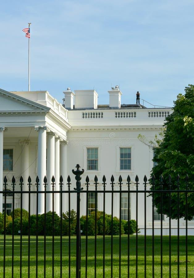 Ochraniać Białego dom U S Tajna Służba dachu inwigilacja obrazy stock