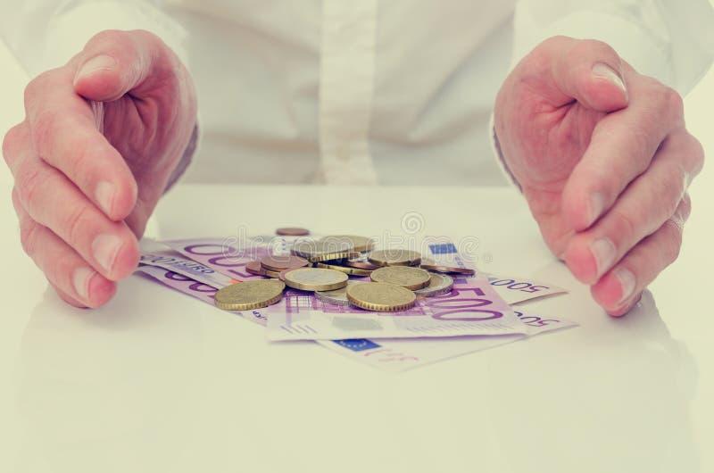 Ochraniać euro zdjęcia royalty free