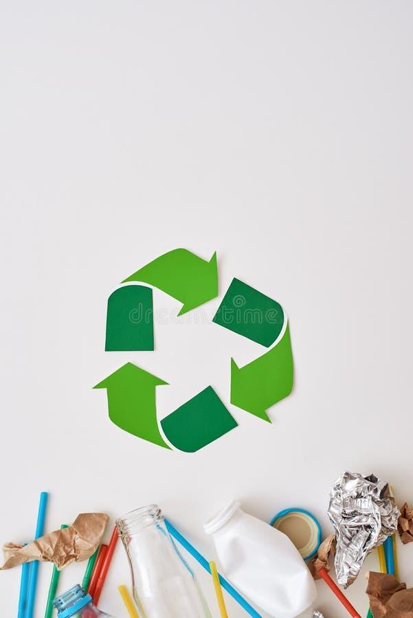 ochrona środowiska naturalnego Miie folię, papier i klingeryt, obraz stock