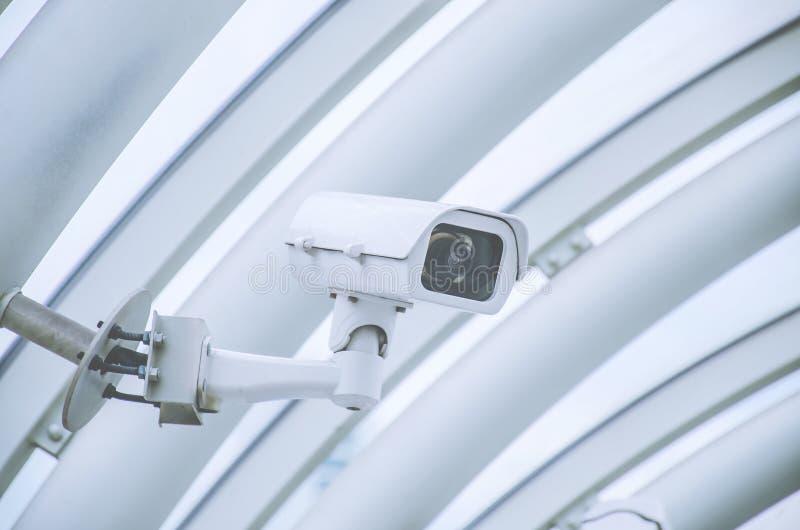 Ochrona, CCTV kamery działanie wśrodku stacji, dom towarowy lub budynek biurowy, zdjęcie royalty free