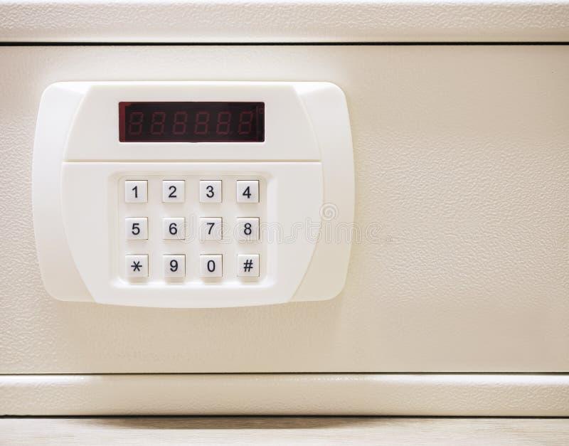 Ochrona kodu guzik skrytki pudełko z Elektronicznym kędziorka systemem zdjęcie stock