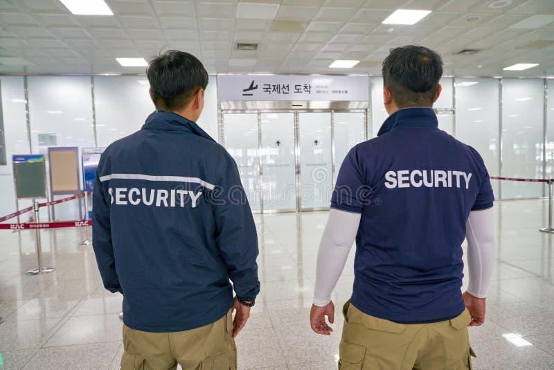 Ochrona lotniska personel obrazy stock