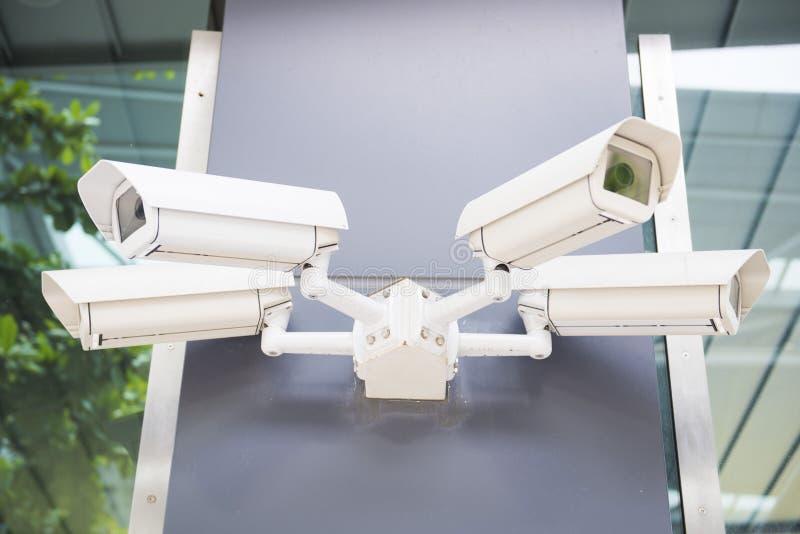 Ochrony cctv kamery na ścianie fotografia stock