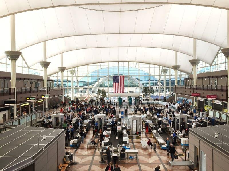 Ochrony przesiewanie przy lotniskiem obrazy stock