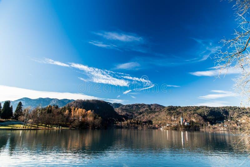 Ochtend bij het meer van Afgetapt royalty-vrije stock fotografie