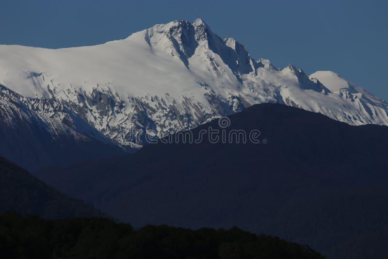 Ochtend in de bergen royalty-vrije stock foto