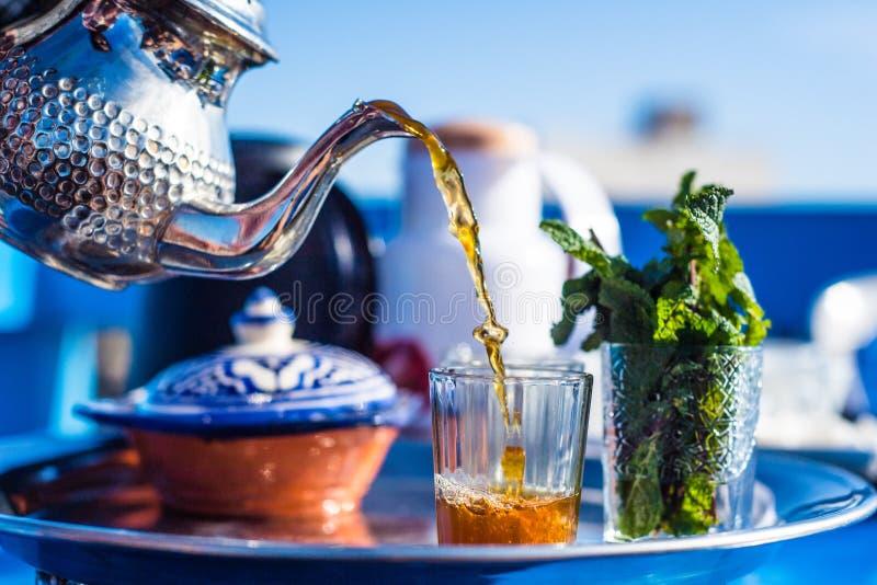 Ochtend Marokkaanse thee stock fotografie
