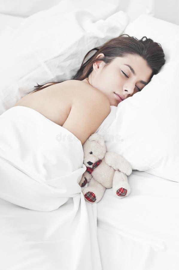Ochtend met een teddybeer stock fotografie
