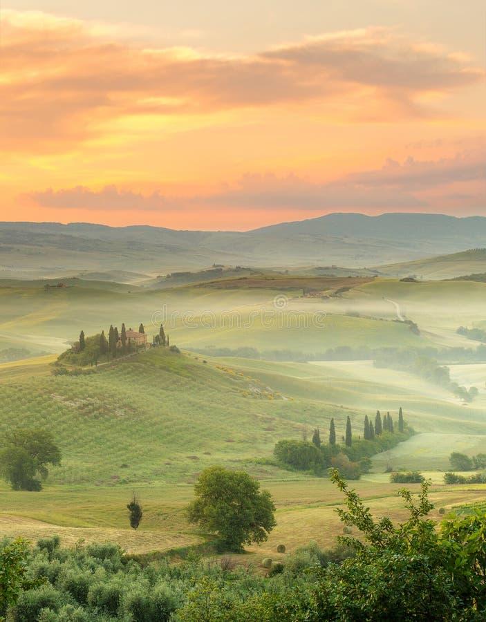 Ochtend in Toscanië royalty-vrije stock afbeeldingen