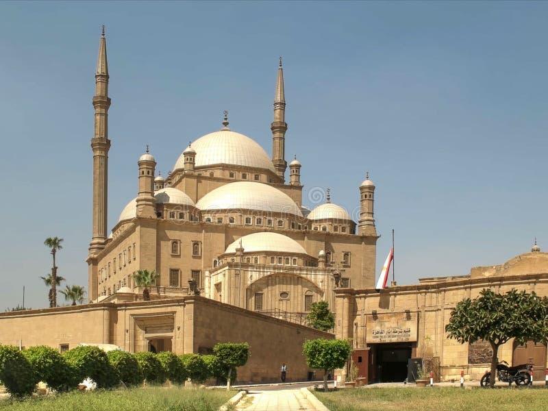 Ochtendmening van de albasten moskee in Kaïro, Egypte royalty-vrije stock afbeelding