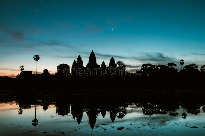 Ochtendzonsopgang in Angkot Wat - Kambodja stock foto